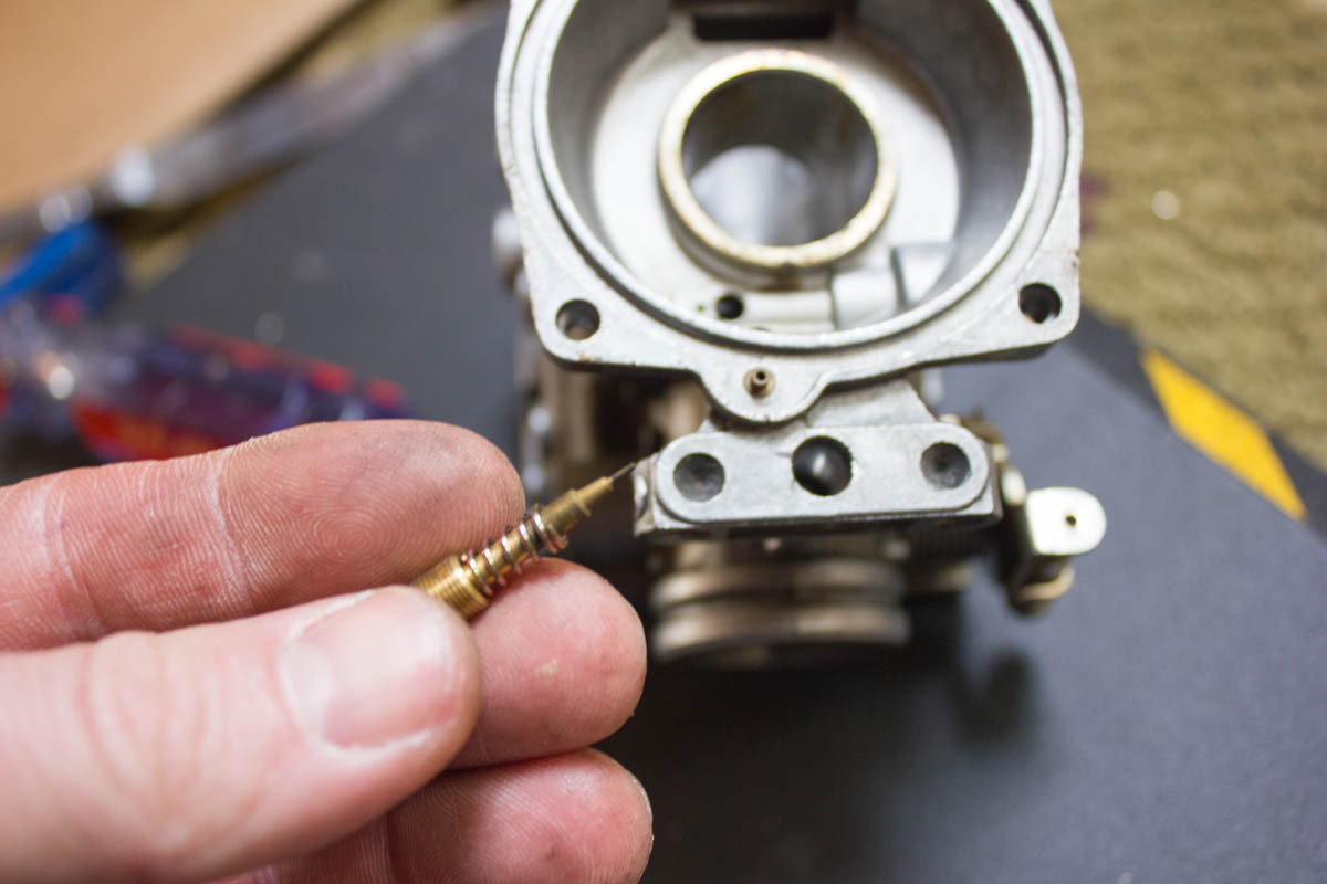 How to Clean and Rebuild Seca II Carburetors - XJRider com